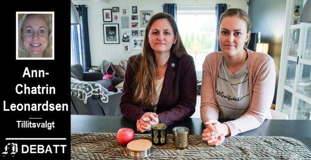 Anita Talåsen Granli (til venstre), foretakstillitsvalgt i Norsk Sykepleierforbund Sykehuset Østfold har engasjert seg i saken til spesialsykepleier Maria Worren Vågsholm og de tre andre som er utsatt for søksmål fra sykehuset.