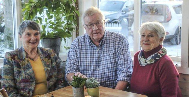 – VERDT MYE FOR FRIVILLIGHETEN: Karen Davidsen (Nøtterø Sanitetsforening), Ove Gran (Nøtterøy pensjonistforening) og Tulle Henny Kamfjord (Nøtterø sanitetsforening) kjemper for at Grindløkken kan tas i bruk av frivilligheten på øyene.