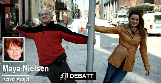 – Folk i Gata skulle arbeide med byen innenfra, og den skulle engasjere absolutt alle. Her ser vi Paolo Martini og Renate Jacobsen appellere til folks dugnadsånd før festival nummer to i mai 2007.