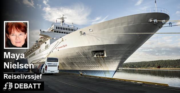 – Det er et paradoks at cruiseskipene mellom Oslo og København og Strømstad og Sandefjord seiler gjennom nasjonalparkene vår daglig – uten at det vekker nevneverdig harme, skriver reiselivssjefen. På bildet cruiseskipet Thomson Spirit på Fredrikstad-visitt i september 2014.