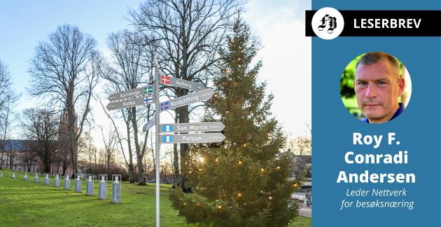 – Det er lett ironisk at det eneste, tydelige retningsskiltet vi har i sentrum i dag, er skiltet ved rådhuset som viser vei til våre vennskapsbyer – og dermed UT av Fredrikstad.