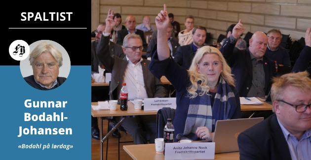 Engasjerte bystyrepolitikere, her under møte i Bibliotekets aula. Bodahl-Johansen etterlyser mer tenning når det kommer til debatter med byens innbyggere.