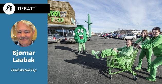 Kiwi på Vestkilen i Onsøy er en butikkene som nå ser ut til å måtte stenge på søndager. På bildet Hans-Erik Andersen, Monica Andersen og Nina Andersen.
