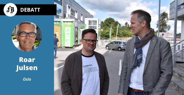 «Gruppefører» Atle Ottesen og ordfører Jon-Ivar Nygård utenfor Kiwi på Ørebekk på bilde fra tidligere artikkel om søndagsåpent.  Julsen mener Ørebekk nok ligger utenfor turistområdet.