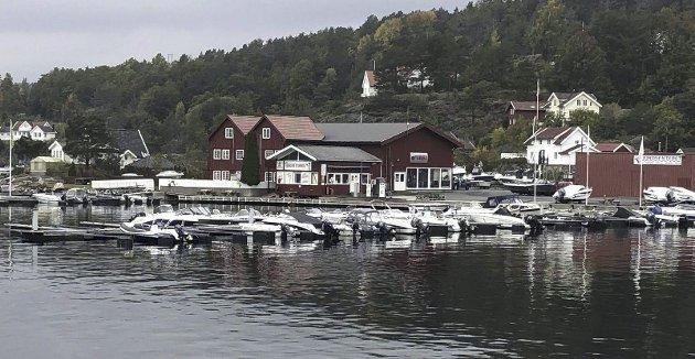 Dyktige politikere har grepet inn etter  den ulykksalige arealplanrevisjonen som startet i  2015 der administrasjonen nærmest uten diskusjon avsatt over 23 mål av den trange bukta til en småbåthavn! Arkivfoto