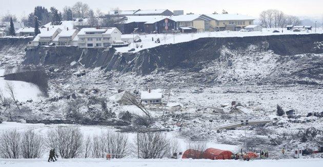 Raskatastrofen: Raset på Gjerdrum har gitt ny aktualitet til problemstillinger rundt kvikkleire. I Sande står sentrale deler av bygda på nettopp kvikkleire. FOTO: NTB