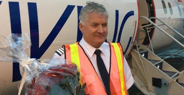SATT PÅ BAKKEN: Investor Ola Giæver ble møtt med roser etter å ha lande ti Tromsø på jomfruturen. Nå er eventyret over.