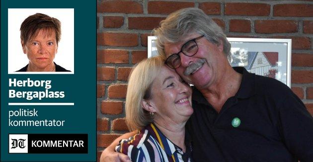 LETTET OG LYKKELIGE: Tone Muggerud og Tom Skarra var svært glade for vedtaket i formannskapet og la ikke skjul på at det kom noen gledestårer.