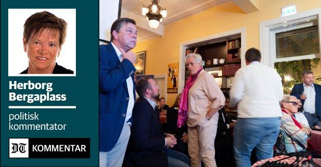 BETENTKT: Fredrik A. Haaning (t.v.) på Høyres valgvake. Stemningen sto ikke i taket, og i personvalget ble det tap mot  Monica Myrvold Berg.