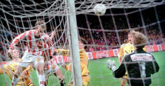 Her header Sigurd Rushfeldt inn seiersmålet like før slutt mot Glimt i cupfinalen i 1996.
