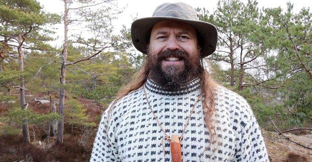 «Gå ut i naturen», lyder vikingserieforfatter Bjørn Andreas Bull-Hansens råd til dem som ønsker å forstå våre vikingforfedre bedre.