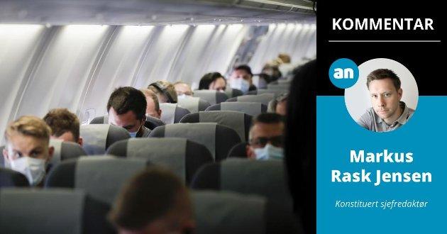En tettpakket flykabin på reise er ikke i seg selv et argument for å åpne opp idrett eller teater, skriver konstituert sjefredaktør Markus Rask Jensen.