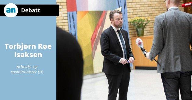 Arbeids- og sosialminister Torbjørn Røe Isaksen svarer på påstander fra LO og NTL.
