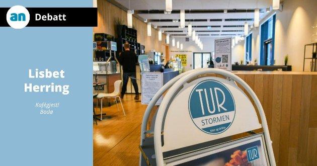 Det begynner å bli en god stund siden Tur kafé på Stormen bibliotek stengte, og fortsatt er det ingen drift der.