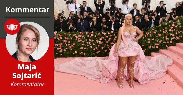 IKKE INVITERT: Her poserer Nicki Minaj på den berømte røde løperen til Met-gallaen i 2019. I år fikk hun ikke lov til å være med fordi hun ikke er vaksinert mot koronaviruset.