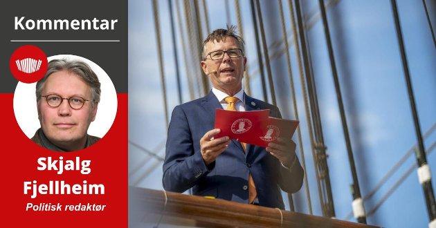 Rektor Dag Rune Olsen ved Universitetet i Tromsø har søkt etter strategisk rådgiver, og vist vilje til å fravike utdanningskrav. Det har utløst protest fra de ansattes fagforeninger ved UiT.  Foto: Eirik Hagesæter