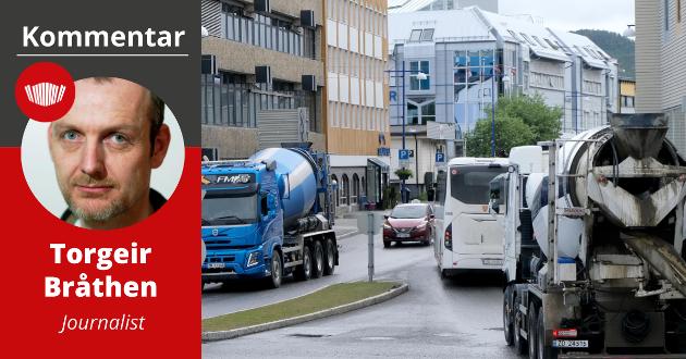 TRAFIKKØKNING: Mer tungtrafikk gjennom Finnsnes aktualiserer spørsmålet om å bygge en sentrumstunnel.
