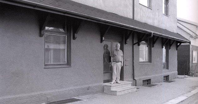 Jon Emil Halvorsen beklager at historien til Hit Cavern og Thor Sture (bilde tatt i 2002) ikke ble omtalt i museets beskrivelse av Sarpsborg på 1960-tallet i SA lørdag. (Foto fra Harald Otterstads bok «Sarpepop 1960 - 1970».