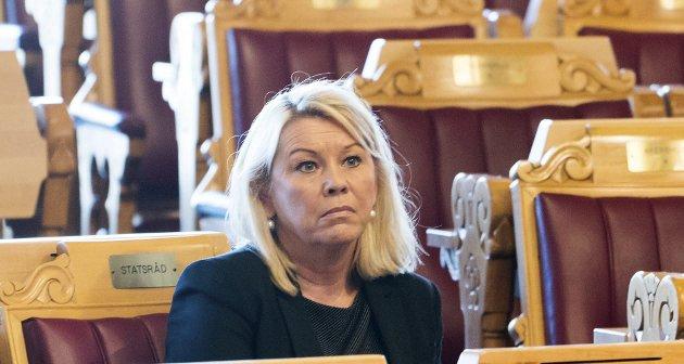 SELVMOTSIGELSER: Protokollen fra konsultasjonsmøtet Sametinget hadde med kommunal- og moderniseringsminister Monica Mæland, er nå offentlig. Spørsmålene og selvmotsigelsene er ikke blitt færre etter at protokollen ble offentliggjort.foto: NTB