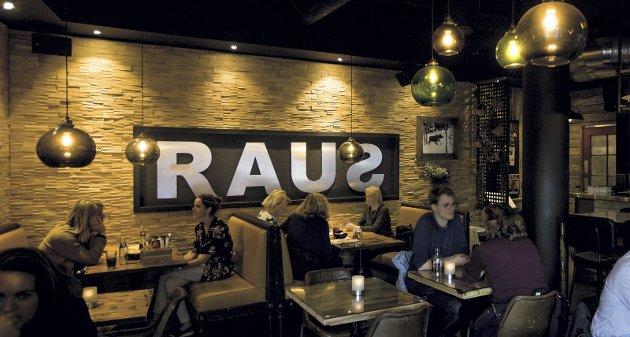 Uformelt: Raus er et uformelt sted som satser på hjemmelagd amerikansk mat. FOTO: MIKE HILLINGSETER