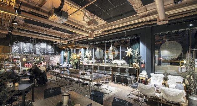 Skrur på sjarmen: Nordvæst Mat og Drikke i Gjerdrum er et friskt pust i sentrum av bygda, og anmelderne lar seg imponere over et helt nytt konsept: champagnelunsj. FOTO: VIDAR SANDNES