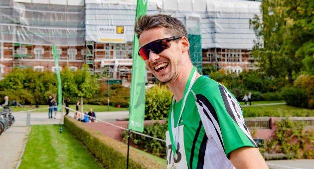 Eivind Larsen fra arrangørklubben Ås IL var raskest løper i den 5,5 km lange løypa Nordskogen rundt.