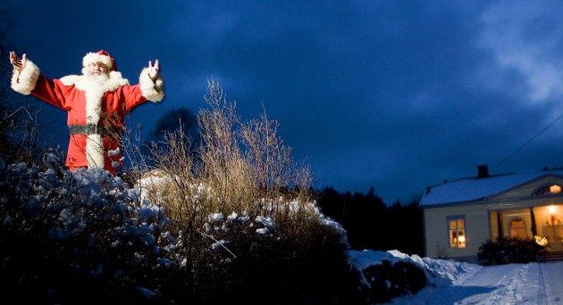 JULENISSEN: – Julenissen er Vår Herres trofaste figur og eksisterer ikke uten Himmel, skriver Jan Boye Lystad.