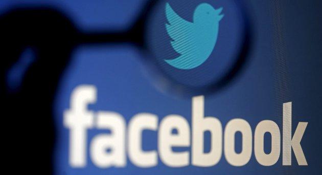 VIKTIG ARENA: I sin Signert belyser David Aleksandersen hvilken viktig rolle Facebook nå spiller som arena for politisk debatt før et valg. Arkivfoto: Reuters