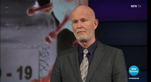 Helsedirektør Bjørn Guldvog i NRKs Debatten 9. mars.