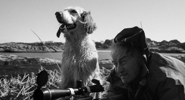LAVMÆLT: Dokumentaren «Where Man Returns» er åpningsfilm på årets filmfestival i Tromsø. Her følger vi Steinar og hunden Tussi.