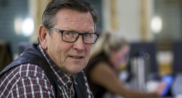 Annar Hasle (bildet), gruppeleder i KrF i Sarpsborg, svarer her på innlegget til Roger Dahlen vedrørende skoleelever og trafikksikkerhet ved Varteig skole. (Foto: Johnny Helgesen)