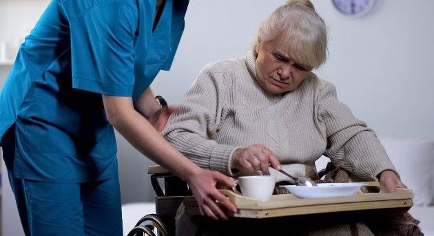 En klinisk ernæringsfysiolog kan bidra i forebygging og behandling, for unge og gamle. La oss bidra i det viktige arbeidet helsesektoren har foran seg, nemlig å «stå han av» i eldrebølgen og ringvirkningene etter covid-19, skriver Siv Hilde Fjeldstad.