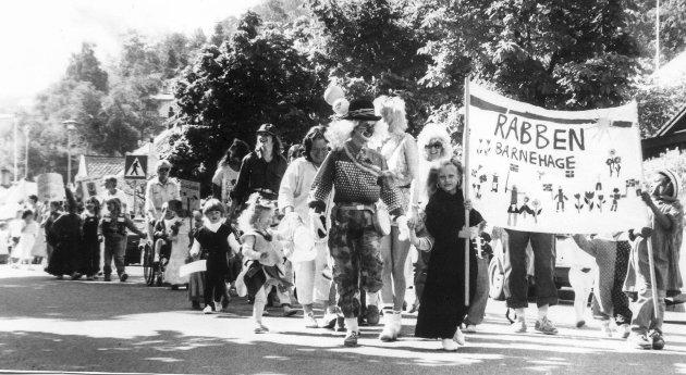 Barnehageveka 1988: Karnevalstog.