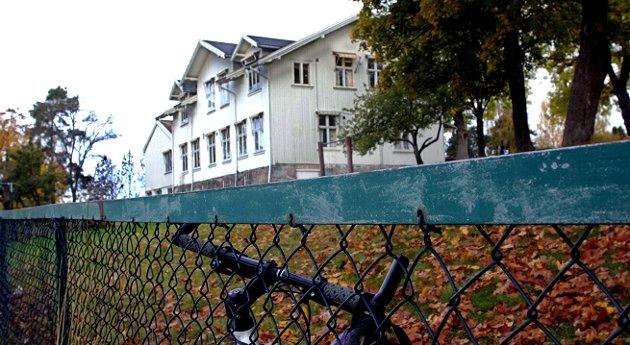 For fall: Solhøy skole i Son. foto: terje holm
