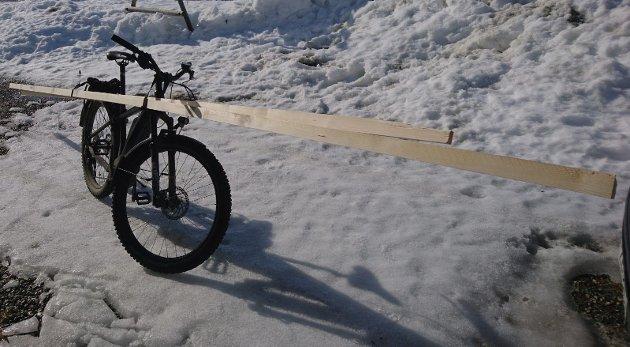 De fleste ærender som utføres med bil i bynære strøk, kunne vært gjort på sykkel isteden. Det er først og fremst et spørsmål om innstilling, skriver innsenderen.