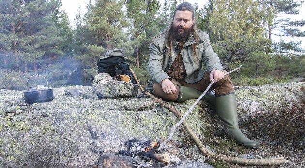 Flott bok : Bjørn Andreas Bull-Hansen har skrevet en strålende roman om vikingtiden. foto: Thomas H. Arntsen