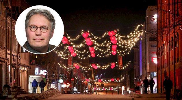 Fra en julegate i Tromsø. I år sliter mange av forretningene på grunn av korona-krisen