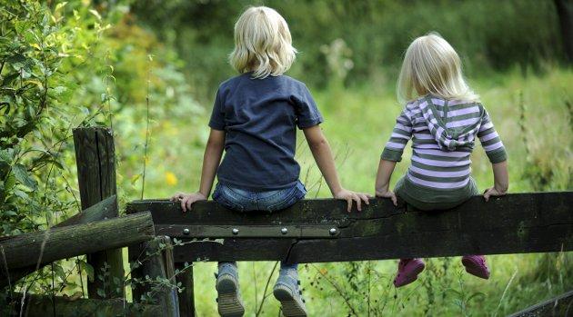 De små: –For fremtiden må det også være å gjøre mer av det vi kan for de barn og unge blant oss som lider under omsorgssvikt, vold og overgrep. De er våre barn og unge. De er vårt ansvar, påpeker Astrid Nilsen Eliassen .