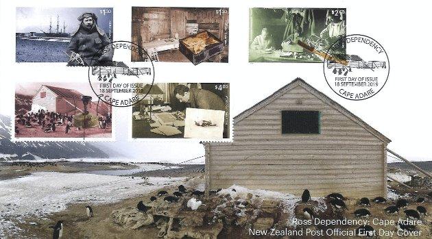 Med seg på ekspedisjonen hadde Borchgrevink to prefabrikkerte hytter fra Strømmen. En til å bo i og en til utstyret.