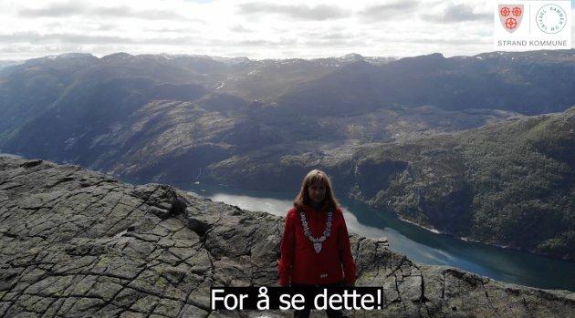 STRAND: Ordførar Irene Heng Lauvsnes meiner Strand kommune har mykje å lokka ferierande nordmenn med.