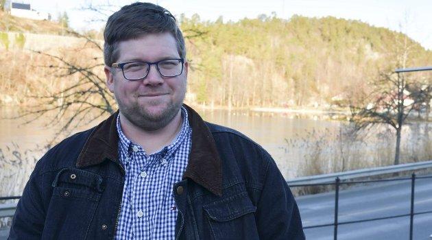 Robert Knudsen er både sogneprest i Holt, og ungdomsprest i hele kommunen. Arkivfoto