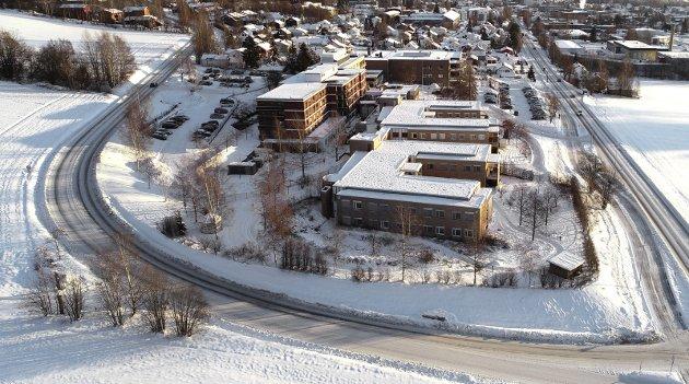 FrP er bekymret for hvordan innparinger vil ramme på flere områder, som ved Lillehammer helsehus.