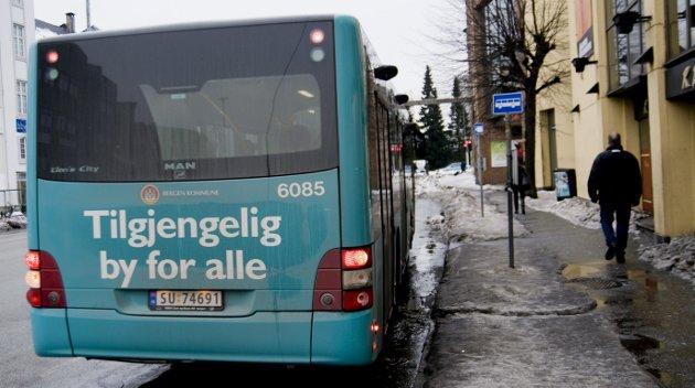 – Gratisbussen var også et viktig kollektivtilbud for passasjerer der det var dårlig kollektivdekning. Arkivfoto: BA