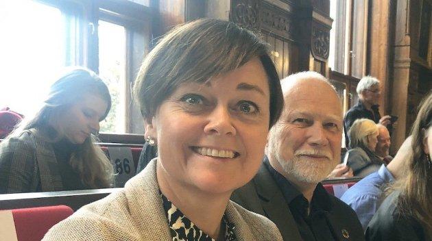 Tove Hofstad og Ole Andreas Lilloe-Olsen er fylkestingsrepresentanter for Venstre i Viken