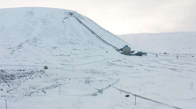 Kullgruvene og kullkraftverket på Svalbard skal legges ned. Å bygge ny fossil infrastruktur er ikke et godt alternativ.