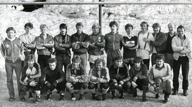 I 1984 rykket Mo IL ned fra 2. divisjon. Det var den gang det nest høyeste nivået i norsk fotball. Laget fikk 19 poeng og manglet et fattig poeng på å ta seg forbi Sunndal. I tillegg til Sunndal havnet også Hødd, Haugar og Harstad på 20 poeng. Brann vant avdelingen og rykket opp.