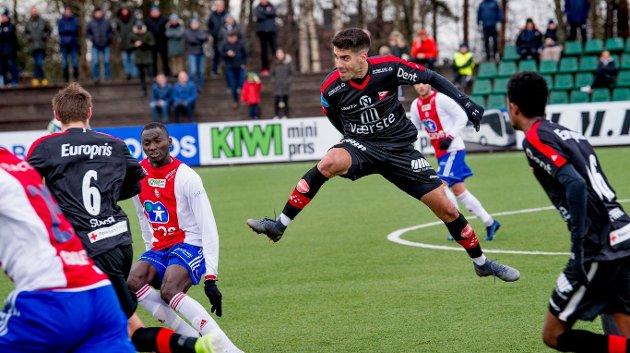 Maikel Nieves og FFK har fått en god start på årets treningskampsesong, mener Nicolas Berg.