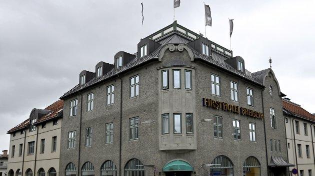 SLITT: Breiseth Hotells historie løper helt tilbake til 1898, og har en spesiell plass særlig i byens kunsthistorie. I dag framstår hotellet ikke like attraktivt som det har gjort tidligere. Foto: per Ivar Henriksbø
