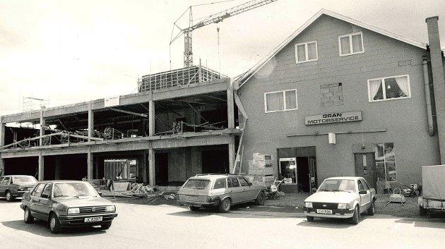 1988: Stenberggården i Gran. Bildet sto på trykk i Hadeland 13.7 1988.