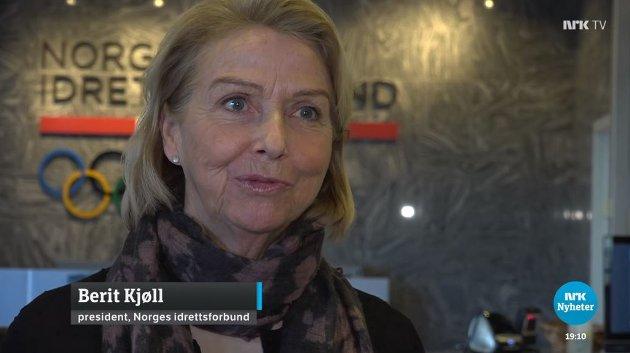Ifølge idrettspresident Berit Kjøll har et flertall av folk som jobber i og stiller frivillig for norsk idrett en blindsone hvor rasismen får lov til å leve. Ikke noen få råtne epler. Et flertall. Skjermdump NRK